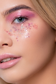 Pastel pink glossy lids and chunky glitter